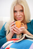 Woman drinking tea — Foto Stock