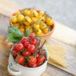 Cherry tomatoes and spaghetti — Stock Photo