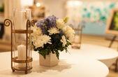 Kerzen und Vasen. — Stockfoto