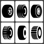 Car Wheel Tire Icon Set — Stock Vector