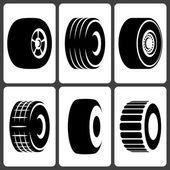 Car Wheel Tire Icon Set — Stock Vector