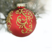 Christmas red ball and wig of fir — Foto de Stock