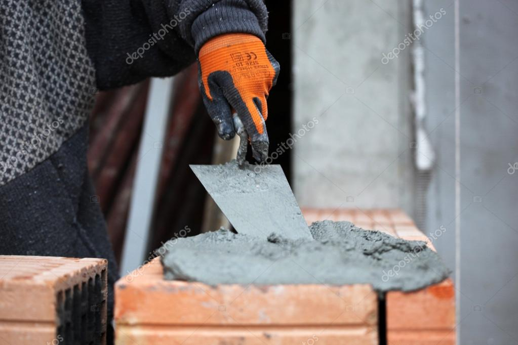 Construction mason worker bricklayer. — Stock Photo #16784621
