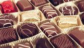 Lahodné čokoládové pralinky — Stock fotografie
