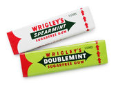 Wrigley's Doublemint and Spearmint sugarfree chewing gums — Stock Photo