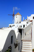 Traditional windmill in Oia village at Santorini Island, Greece — Stock Photo