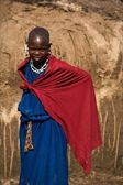 Portrait of an enigmatic masai girl. Tanzania .Africa. — Stock Photo