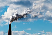 Chimney exhaust waste amount of CO2 into the atmosphere — Stock Photo