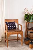 Brun chaise dans intérieur — Photo