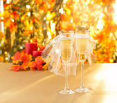 Champagne glasses with conceptual same sex decoration — Stock Photo