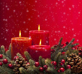Red advent wreath with candles — Stok fotoğraf
