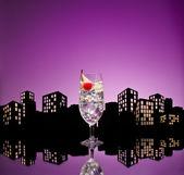 Metropolis cin tonik tom collins kokteyli — Stok fotoğraf