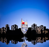 Metropolis Gin Tonic tom collins cocktail — Stockfoto
