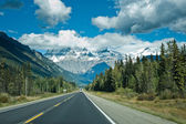 Icefield parkway between Jasper and Banff — Stock Photo