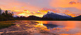 Sunset above Vermilion Lakes, Banff National Park — Stockfoto
