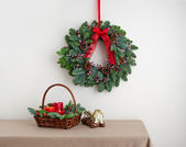 Advent wreath over side board with angel — Stock Photo