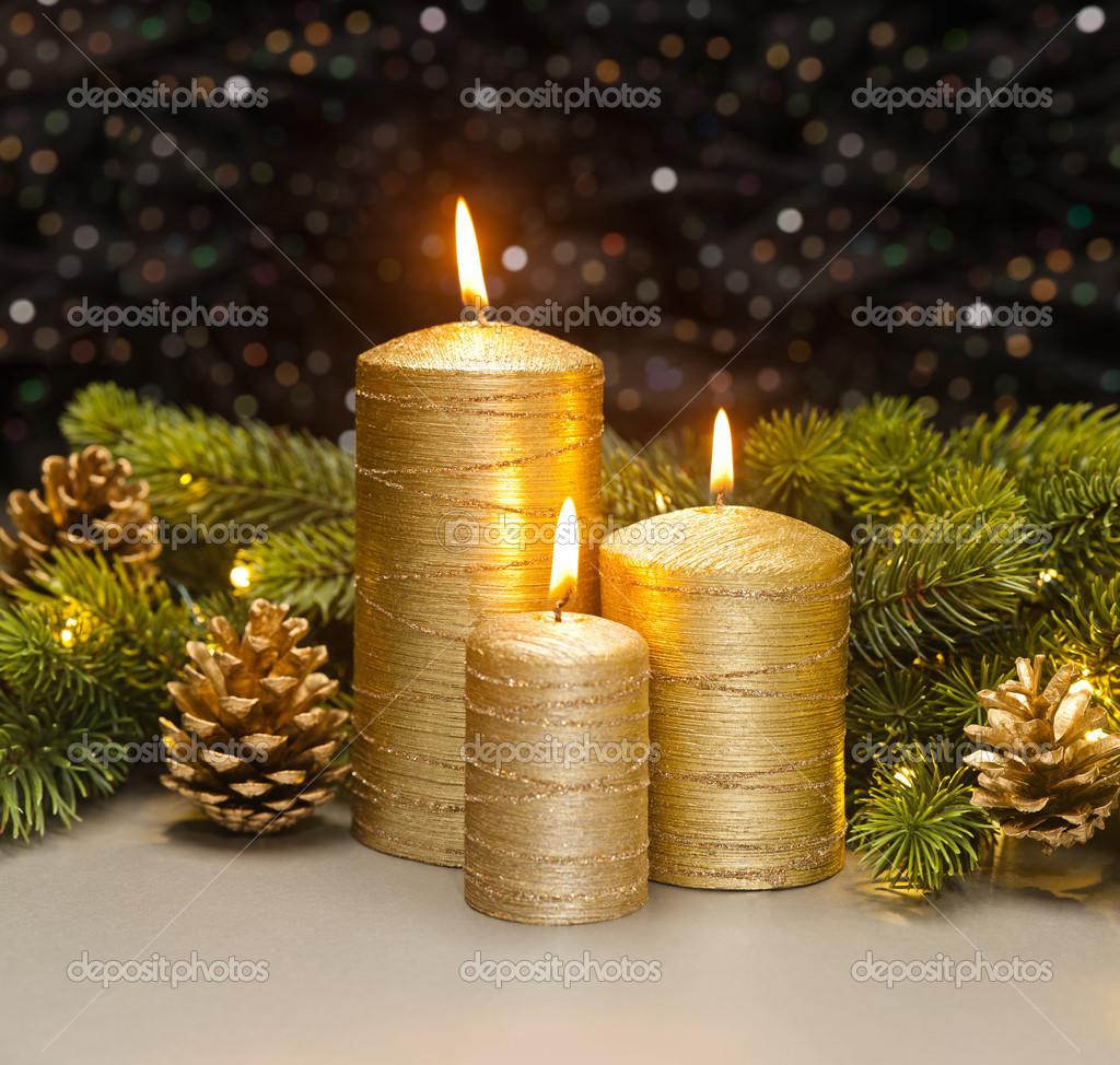 Tres velas doradas fotos de stock a41cats 48261193 - Velas de navidad decoradas ...