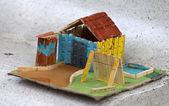 Kleine kleurrijke huis — Stockfoto