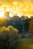 Sunset de lismore castle sobre o rio blackwater — Foto Stock
