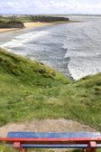 Vista de playa y acantilados en ballybunion de banco — Foto de Stock