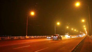 Traffic on bridge — Stock Video