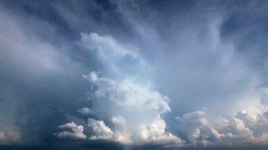 Himmel mit wolken — Stockvideo