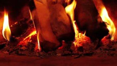 Llamas de fuego — Vídeo de stock