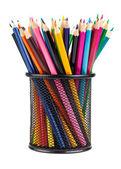 ブラック カップで様々 な色の鉛筆 — ストック写真