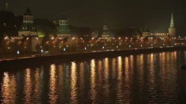 Night Kremlin Embankment time lapse — Stock Video