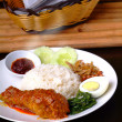 nasi lemak traditional malaysian spicy rice dish — Stock Photo