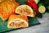Meat pie with chicken stock on background — Foto de Stock