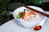 Noodle. rice noodles soup with chicken and vegetable — Stock Photo
