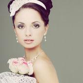 Portrait of beautiful bride. Wedding dress. Wedding decoration — Stock Photo