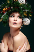 Christmas Woman. Beautiful New Year and Christmas Tree Holiday Hairstyle and Make up. — Stock Photo