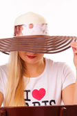 Pretty lady in a hat — Stock Photo