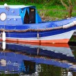 Blue canal boat  — Stockfoto