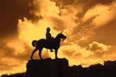 Boer War Monument In Princes Street Gardens in the sunset — Stock Photo