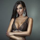 Garota atraente com sutiã — Foto Stock
