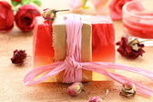 Handmade soap with the scent of roses — Stock Photo