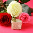 Fresh roses and gifts for the holiday Valentines Day — Stock Photo #17374259