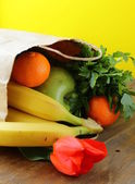 Paper shopping bags - vegetables and fruits — Stock Photo
