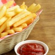 Stockfoto: Traditional French fries with ketchup