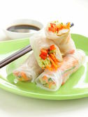 Spring rolls with vegetables — Stock Photo