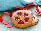 Festive cookies decorated hearts — Stockfoto