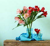 Bouquet of flowers orchid family (Alstroemeria) beautiful and colorful — Stock Photo