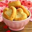Muffins in the shape of a heart - sweet gift for Valentine's Day — Stock Photo