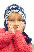 маленькая девочка портрет на открытом воздухе — Стоковое фото