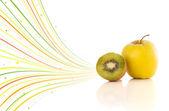 Gezonde tropische vruchten met kleurrijke abstracte lijnen — Stockfoto