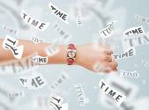 Concept horlogers avec temps s'envoler — Photo