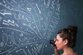 Fotógrafo filma imagens enquanto linhas energéticas mão desenhada uma — Foto Stock